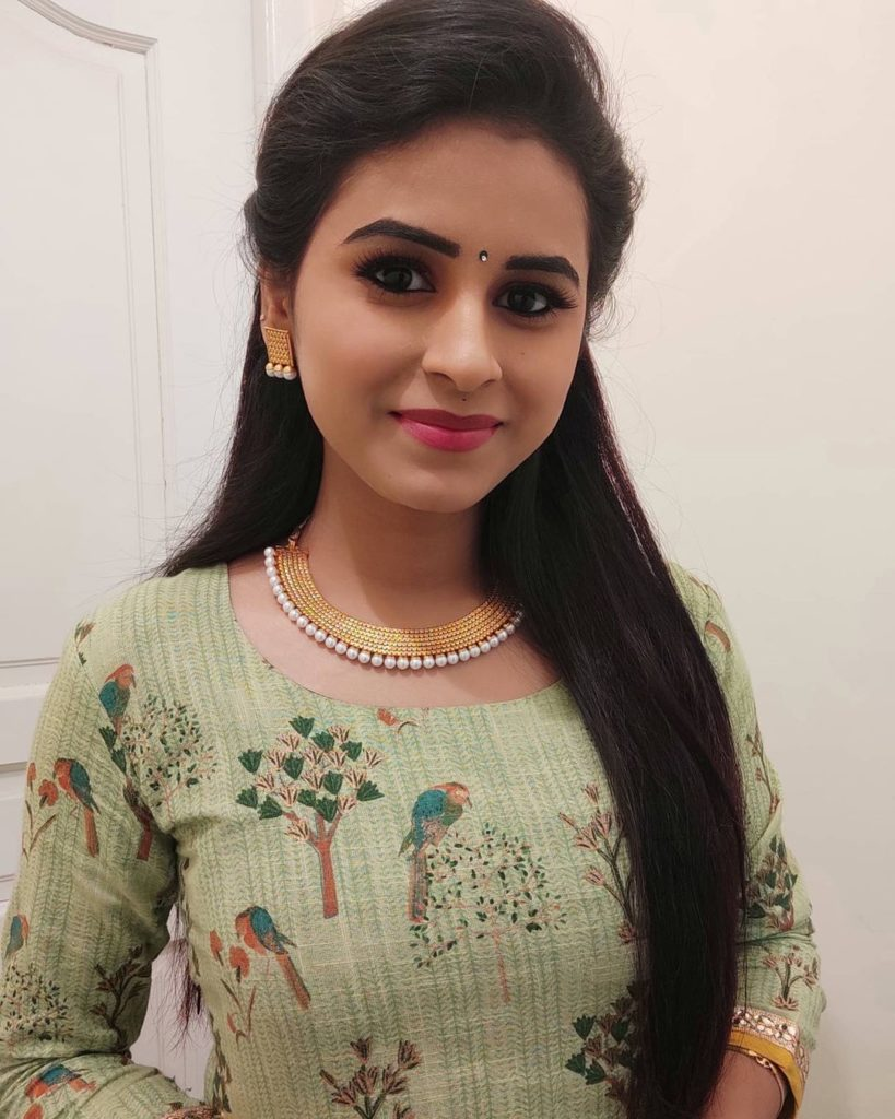 Rithika (Cooku with Comali 2) - Wiki, Age, Family, Biography & More